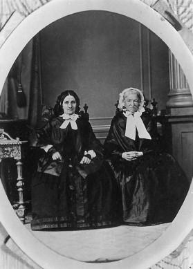 Marie Aug. Joh. Eisenhardt geb. Holzhausen und Tochter 1855