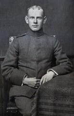 August Henzel in jungen Jahren